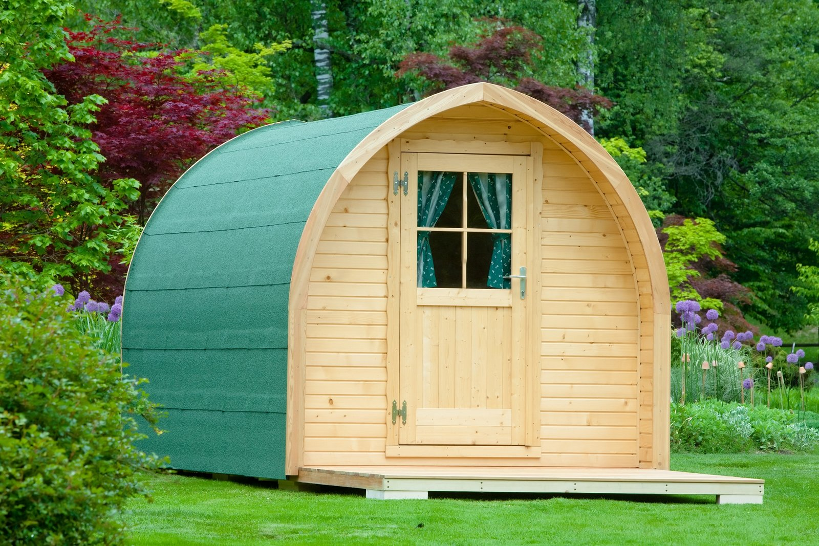 Glamping-Solutions-Igloo-1