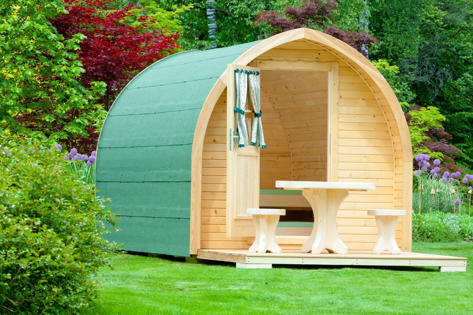 Glamping-Solutions-Igloo-2